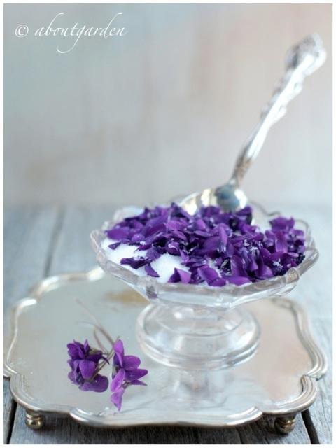 zucchero alla viola