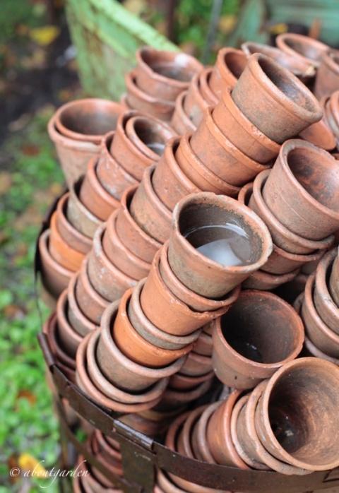 particolare di vasi