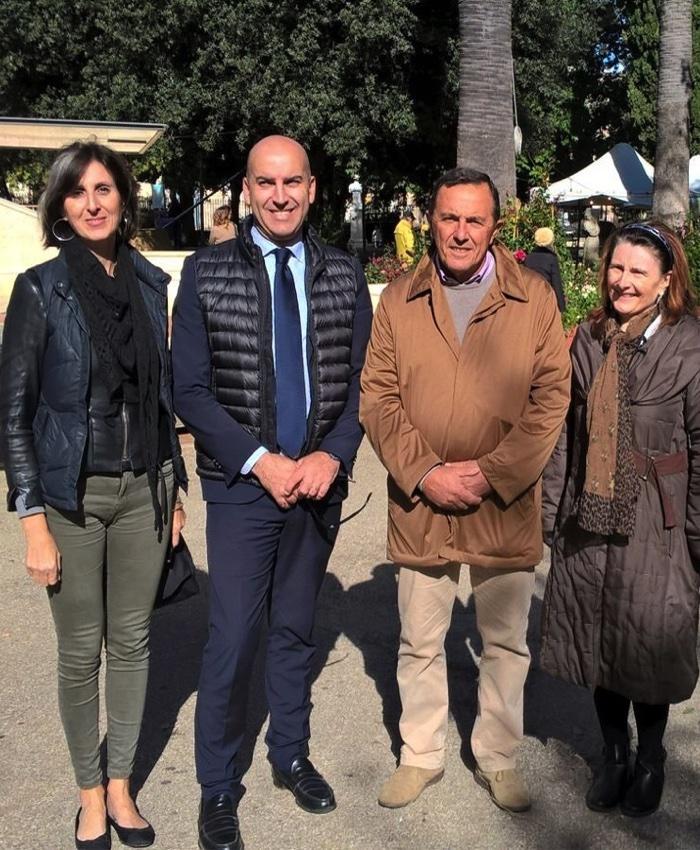 Foto con Presidente Puglia Horus .jpg